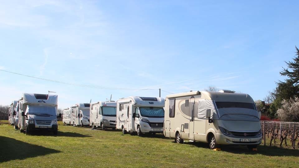 Aire camping-car à Langon (33210) - Photo 1
